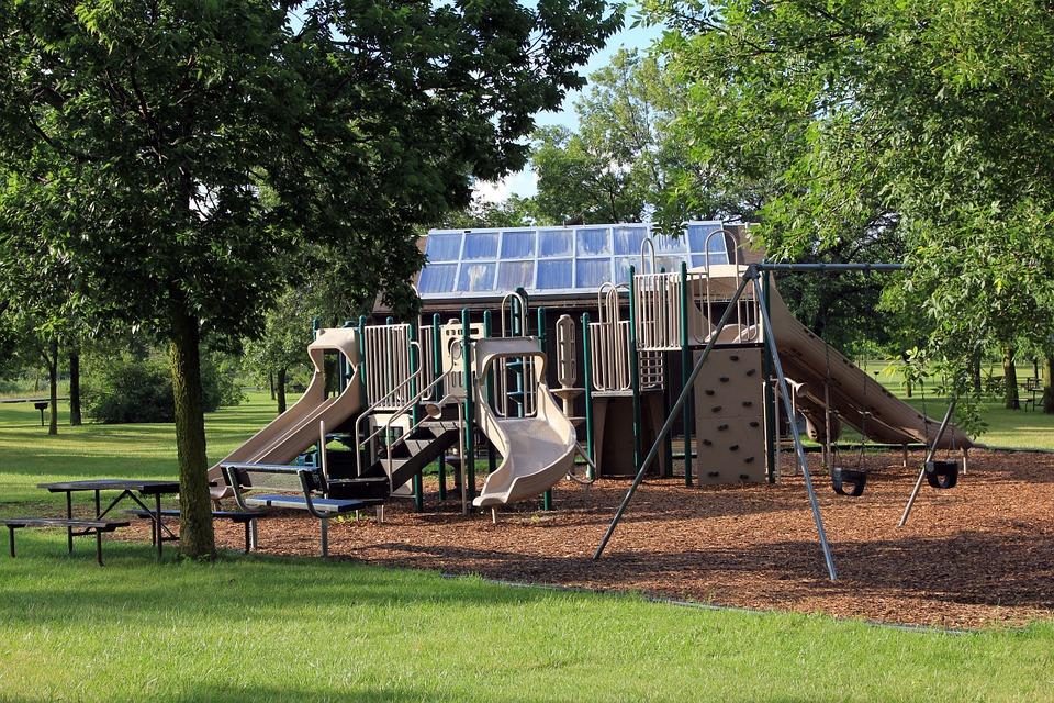 playground-347456_960_720